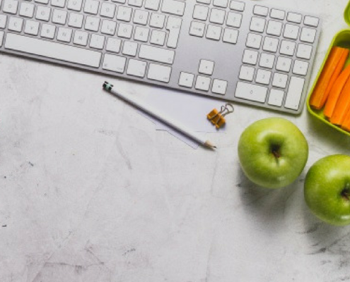 6 Easy Ways to Stay Healthy in the Office